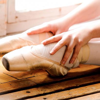 バレエの悩み-外反母趾で足の形が変形してしまう?予防方法は?