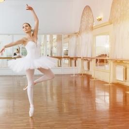 目が回る?ピルエットの練習をしよう! バレエ教室|NOA バレエスクール