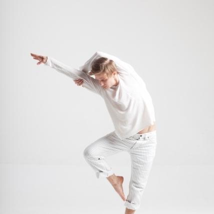 バレエをする男性が急増中!初心者必見の衣装やメイクに関して解説