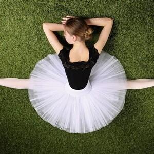 バレリーナのほっそり足を目指す!筋肉の付け方|NOAバレエスクール